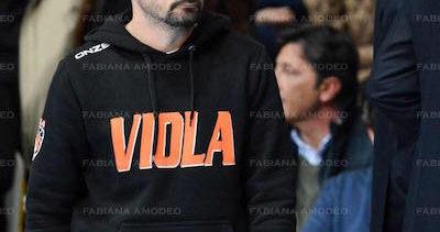 LA VIOLA E' PRONTA A CAMBIARE PREPARATORE