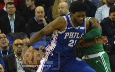 UN TUFFO IN NBA: LA GALLERY DI PHILADELPHIA-BOSTON
