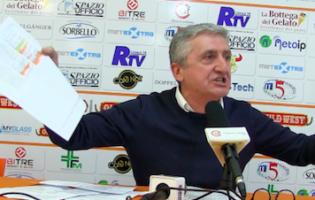 MARCO CALVANI E' UNA FURIA IN CONFERENZA STAMPA